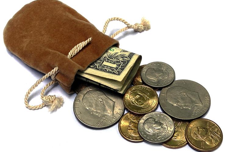 ADECES VE EN LA INCENTIVACIÓN DE LA COMPETENCIA ENTRE ENTIDADES FINANCIERAS LA SOLUCIÓN A LA FALTA DE CRÉDITO