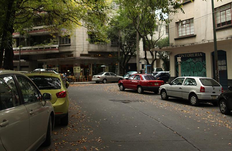 ADECES ESTUDIA EL ESTACIONAMIENTO REGULADO: EL NEGOCIO DEL AUTOMÓVIL PARA LOS AYUNTAMIENTOS