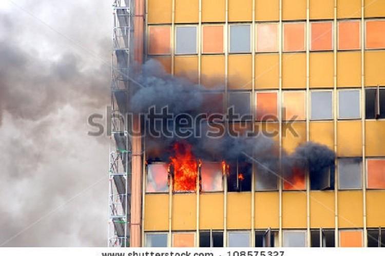 La propuesta de reforma de la norma contra incendios devalúa más la seguridad de la edificación