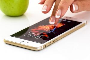 Orange y Jazztel presionan con 20 llamadas comerciales de media por usuario